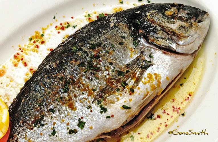 Orata fish dinner plate