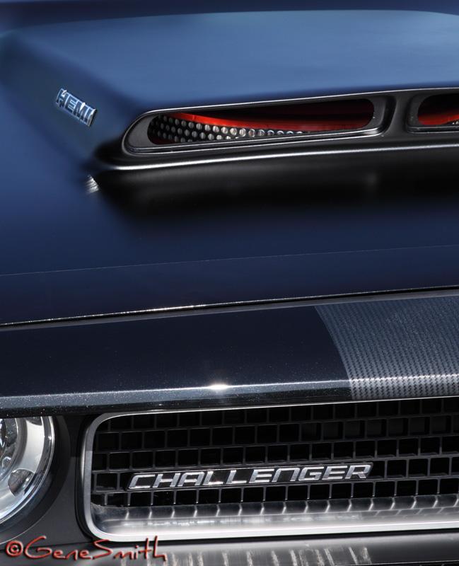 """Dodge Challenger HEMI 'Shaker Hood Scoop"""""""