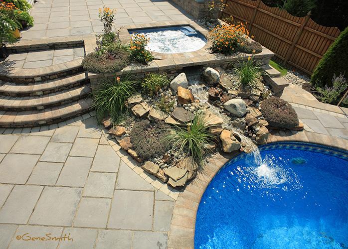 Hot Tub and swimming pool