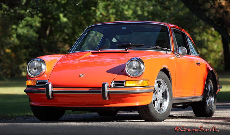 Pretty 1969 Orange Porsche 911s