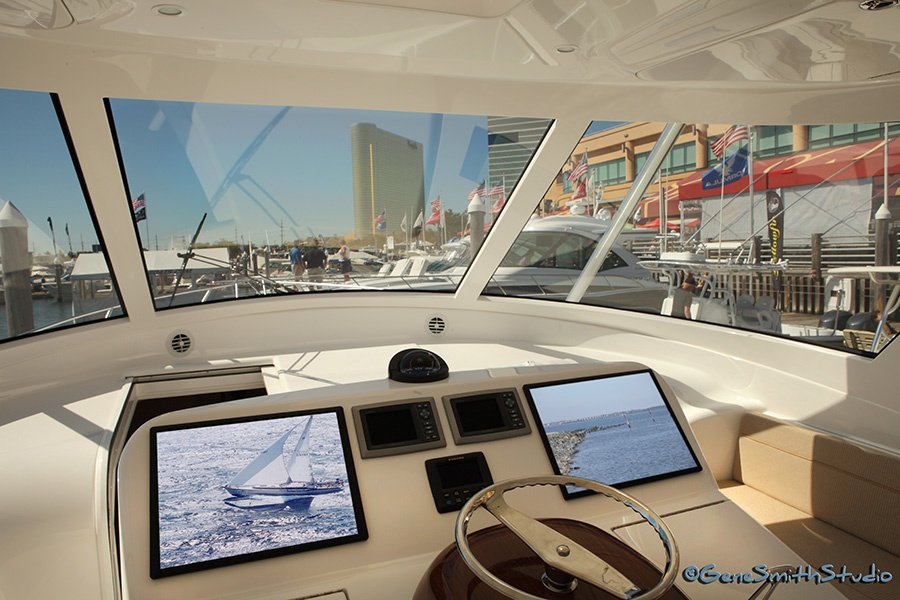 Viking Yacht Sportfisherman boat flying bridge interior